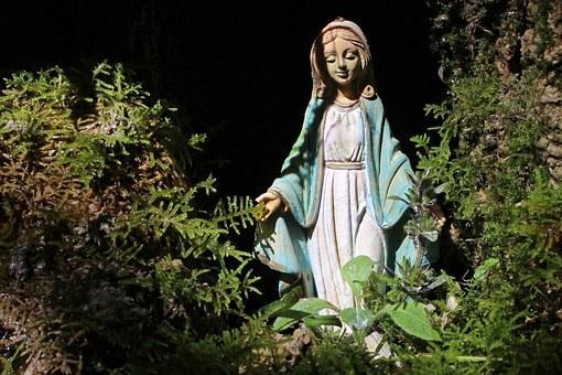 image002 Idéer och inspiration för en katolsk trädgård