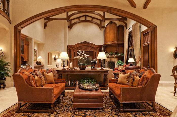 84912558692 Vacker herrgård med traditionell inredning - Holladay Estate