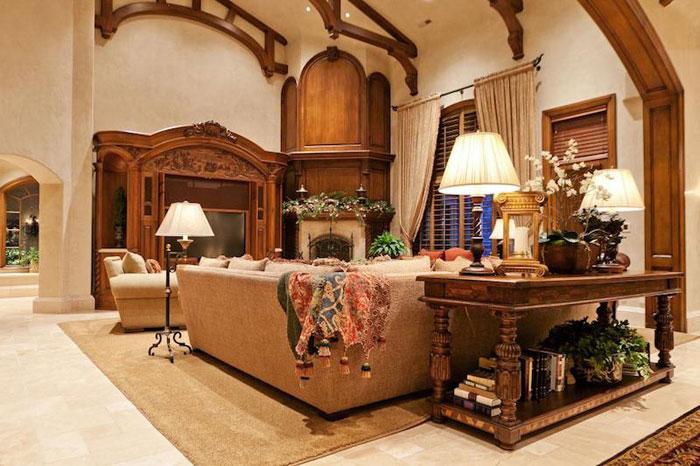 84912551707 Vacker herrgård med traditionell inredning - Holladay Estate