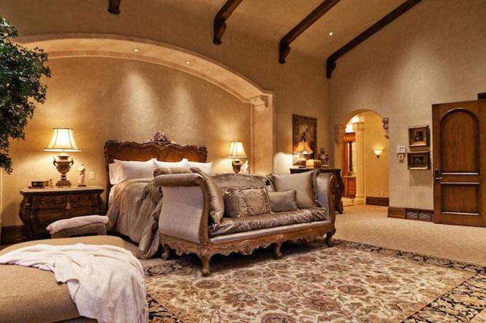 84912634632 Vacker herrgård med traditionell inredning - Holladay Estate