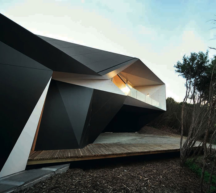 69682765168 Arkitekturfönster: byggnader med skarpa vinklar