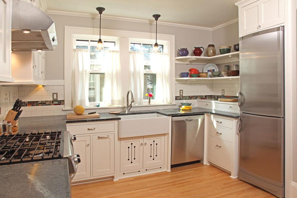100 kvadratmeter köksrenovering av David Heide Design Studio Använd hörnhyllor för att få ut det mesta av ditt kök