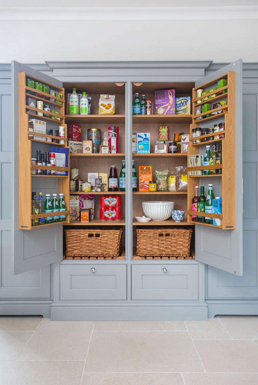 Hampshire-by-Lewis-Alderson-Co.  Idéer för skafferi: hyllor och förvaringsidéer för ditt kök