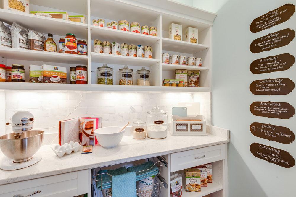 Coastal-Virginia-Idea-House-Holly-Road-by-Stephen-Alexander-Homes-Neighborhoods Pantry-Cabinet Ideas: Hyllor och förvaringsidéer för ditt kök