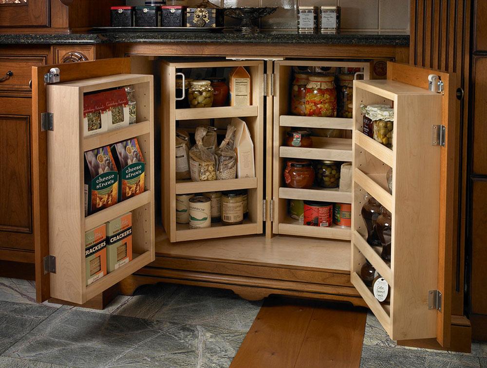 Base-Pantry-by-Wood-Mode-Fine-Custom-Cabinetry Pantry-Cabinet Ideas: Hyll- och förvaringsidéer för ditt kök