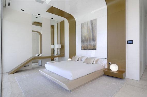 m16 hus med marmor exteriör designat av A-Cero i Pozuelo de Alarcón, Madrid