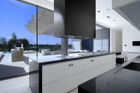 m12 hus med marmor exteriör designat av A-Cero i Pozuelo de Alarcón, Madrid