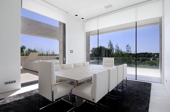 m13 hus med marmor exteriör designat av A-Cero i Pozuelo de Alarcón, Madrid