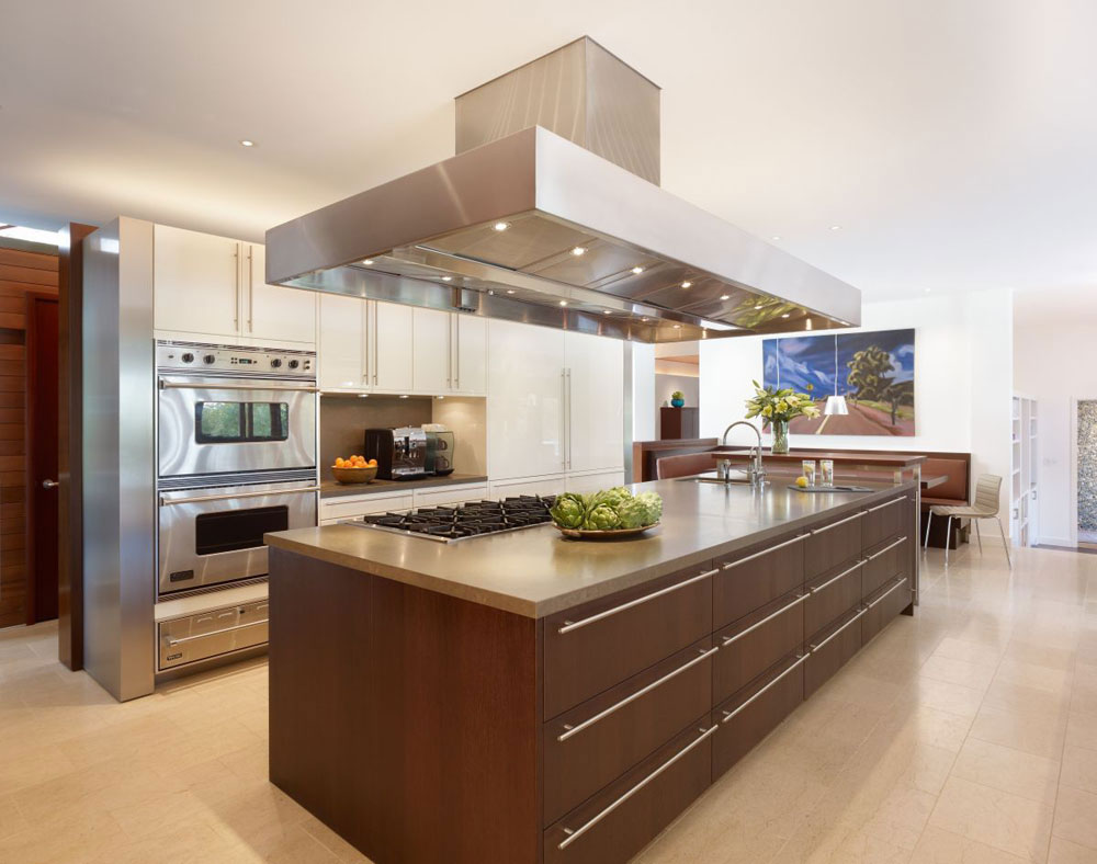 Lyxigt hem omgivet av träd som kompletterar dess eleganta möbler 10 Lyxigt hem omgivet av träd som kompletterar dess eleganta möbler