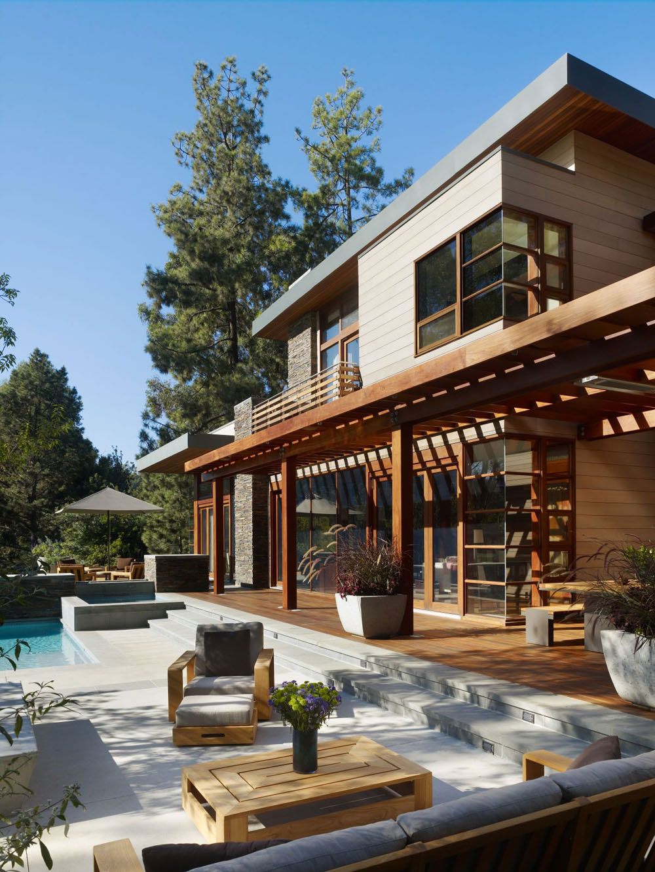Lyxigt hem omgivet av träd som kompletterar dess eleganta möbler 3 Lyxigt hem omgivet av träd som kompletterar dess eleganta möbler