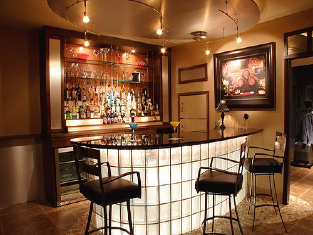 The-Home-Bar-a-must-for-every-gentleman-5 The home-bar, a must for every gentleman