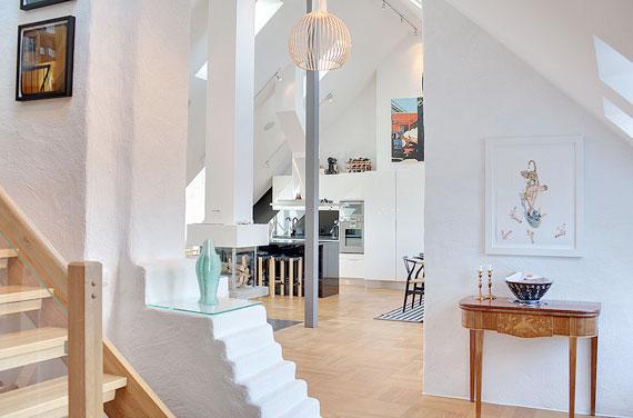swe14 Lyxig takvåning i svensk stil i Östermalm, Stockholm