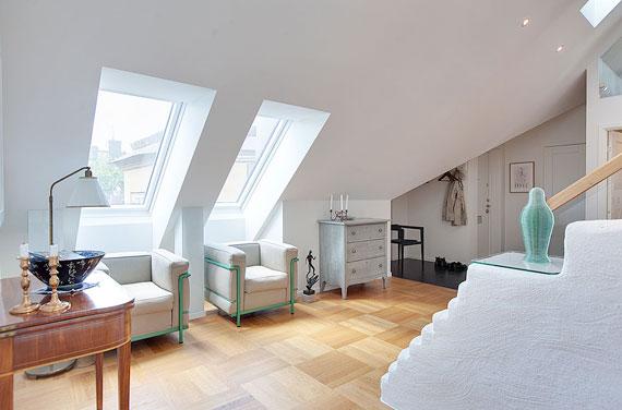 swe13 Lyxig takvåning i svensk stil i Östermalm, Stockholm