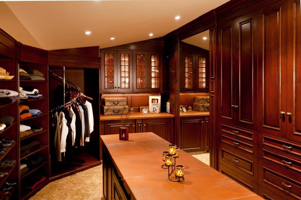 Master-Suite-Wing-by-Roomscapes-Cabinetry-and-Design-Center torkställning idéer att prova (hängande, fristående, trä, metall)