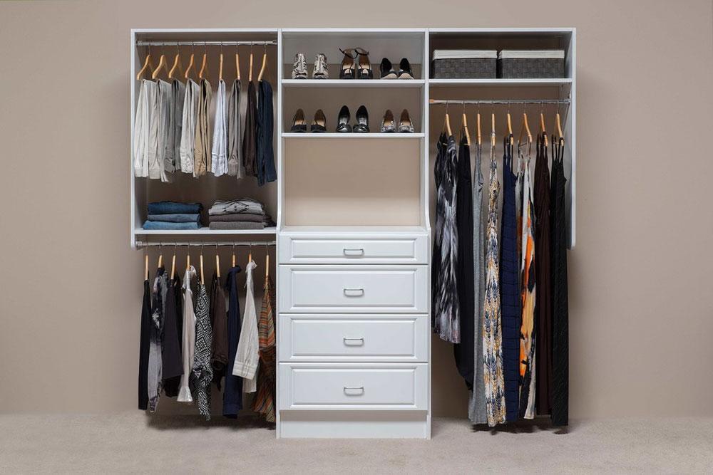 Custom-Reach-In-Closets-by-Mountain-Sky-Closets Klädställning idéer att prova (hängande, fristående, trä, metall)