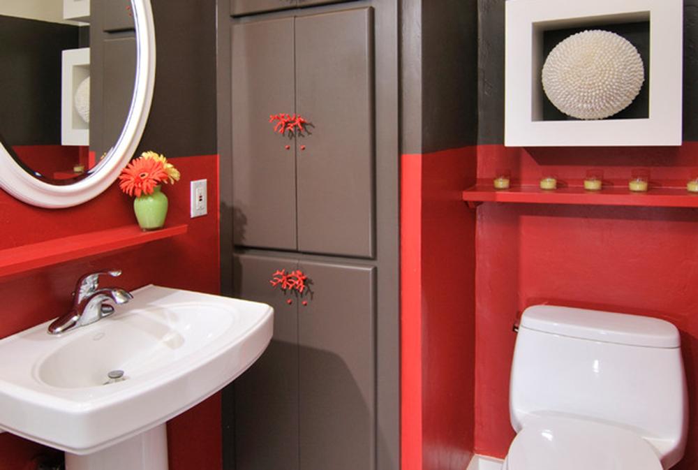 carmel-tal-by-hkw-designs-inc Röda badrumsidéer: mattor, tillbehör och dekor