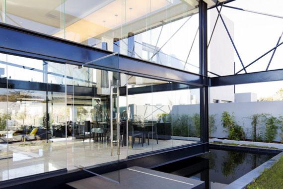 b4 Modern byggnad Ber House designad av Nico van der Meulen arkitekter