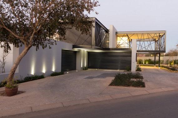 b18 Modern byggnad Ber House designad av Nico van der Meulen Architects