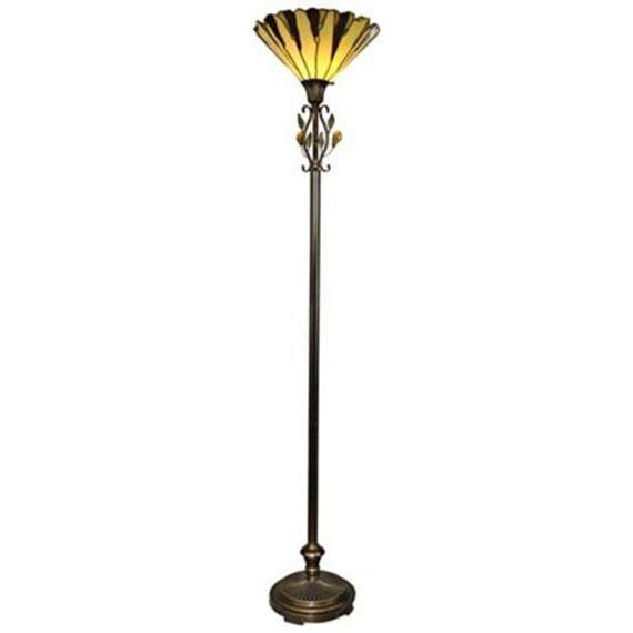 q37 Moderna och vintage golvlampedesigner för att dekorera och lysa upp dina rum