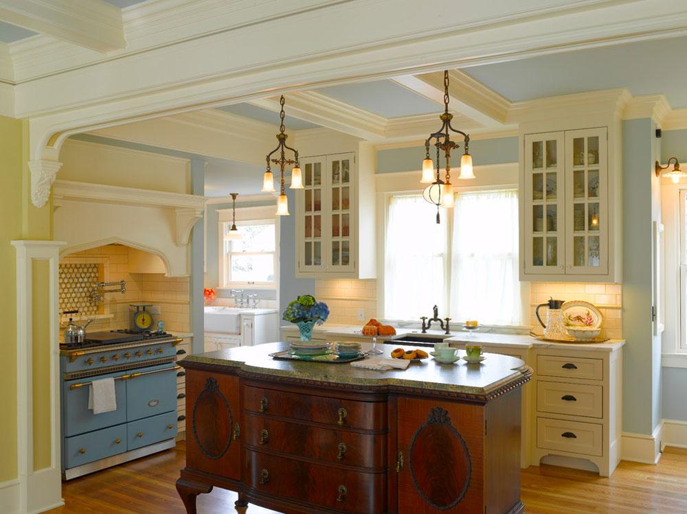 Nob-Hill-French-Victorian-by-ROM-Architecture-Studio-2 French country kitchen: dekor, skåp, idéer och gardiner