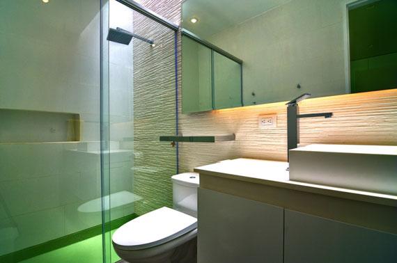 48203071336 Modernt hus Casa Seta designat av Martin Dulanto