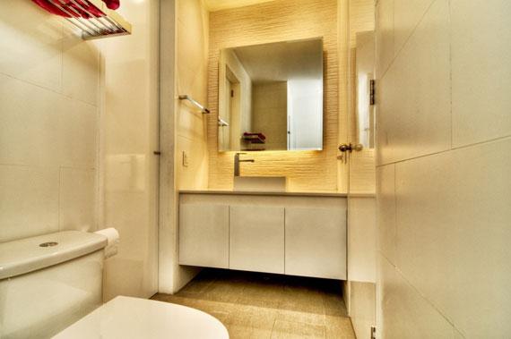 48203082713 Modernt hus Casa Seta designat av Martin Dulanto