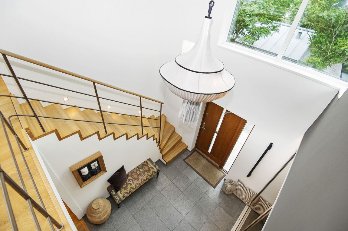 Svensk Villa-In-Saro-Mit-Elegant-10 Svensk Villa i Saro med elegant designade rum