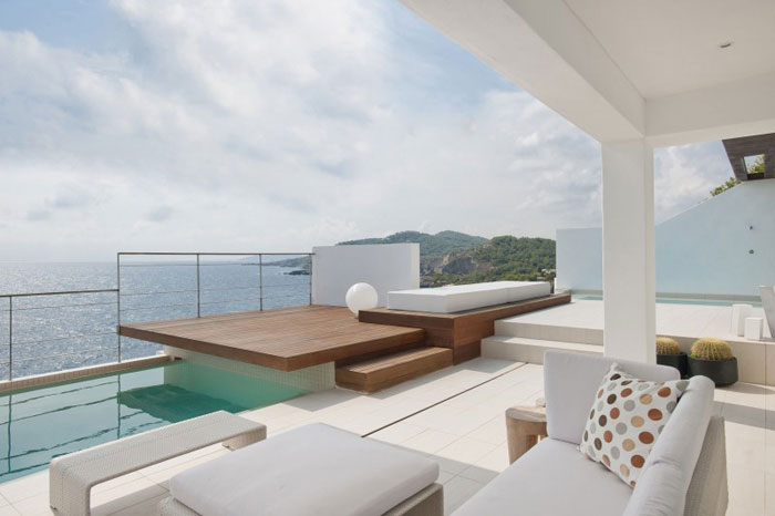 69685806287 Rent och enkelt Dupli Dos-hus designat av Juma Architects