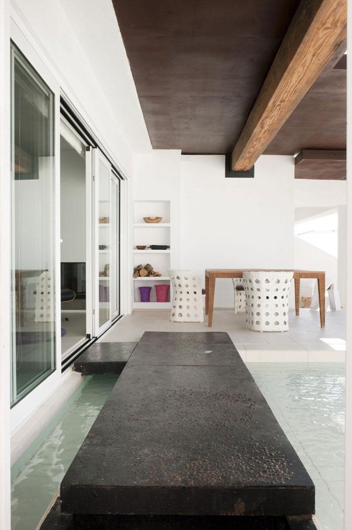 69685833170 Rent och enkelt Dupli Dos-hus designat av Juma Architects