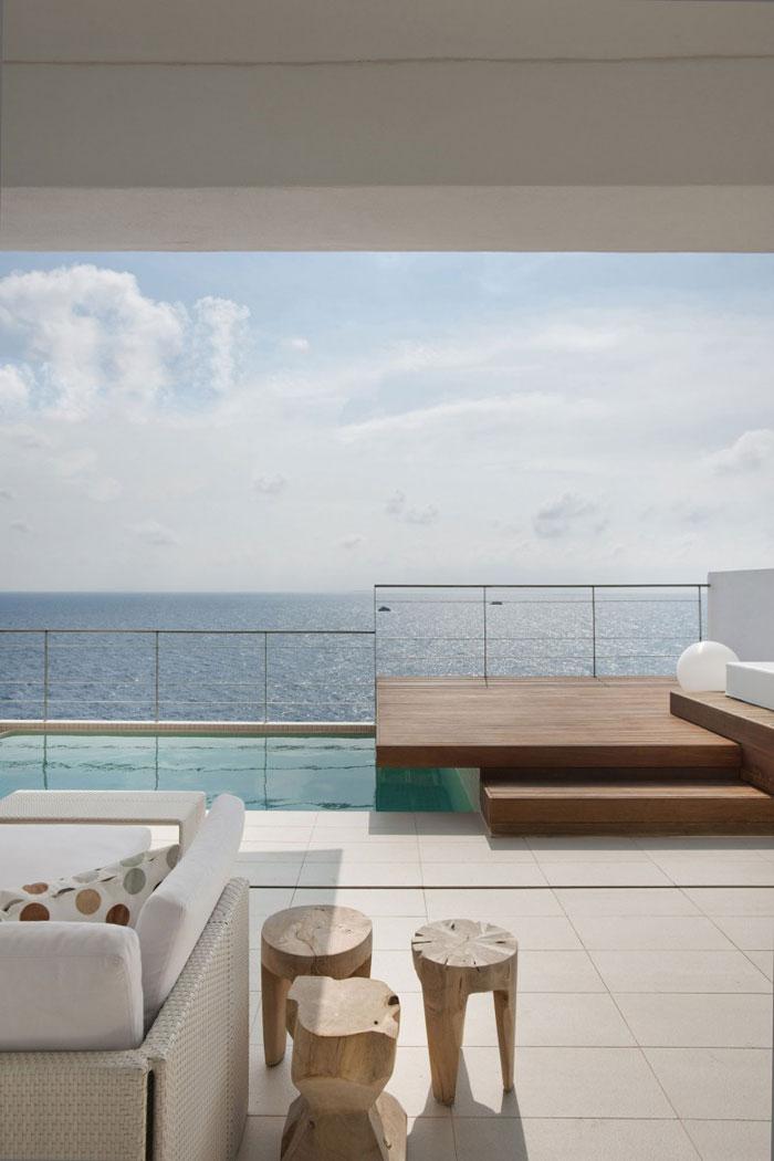 69685825934 Rent och enkelt Dupli Dos-hus designat av Juma Architects