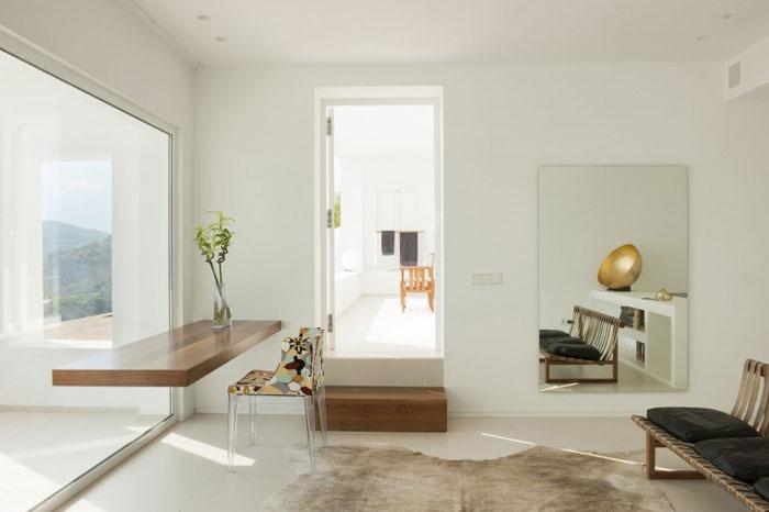 69685868138 Rent och enkelt Dupli Dos-hus designat av Juma Architects