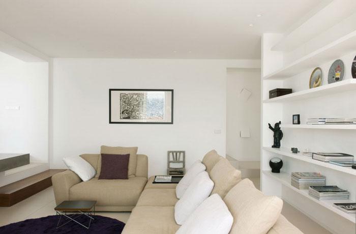 69685848907 Rent och enkelt Dupli Dos-hus designat av Juma Architects