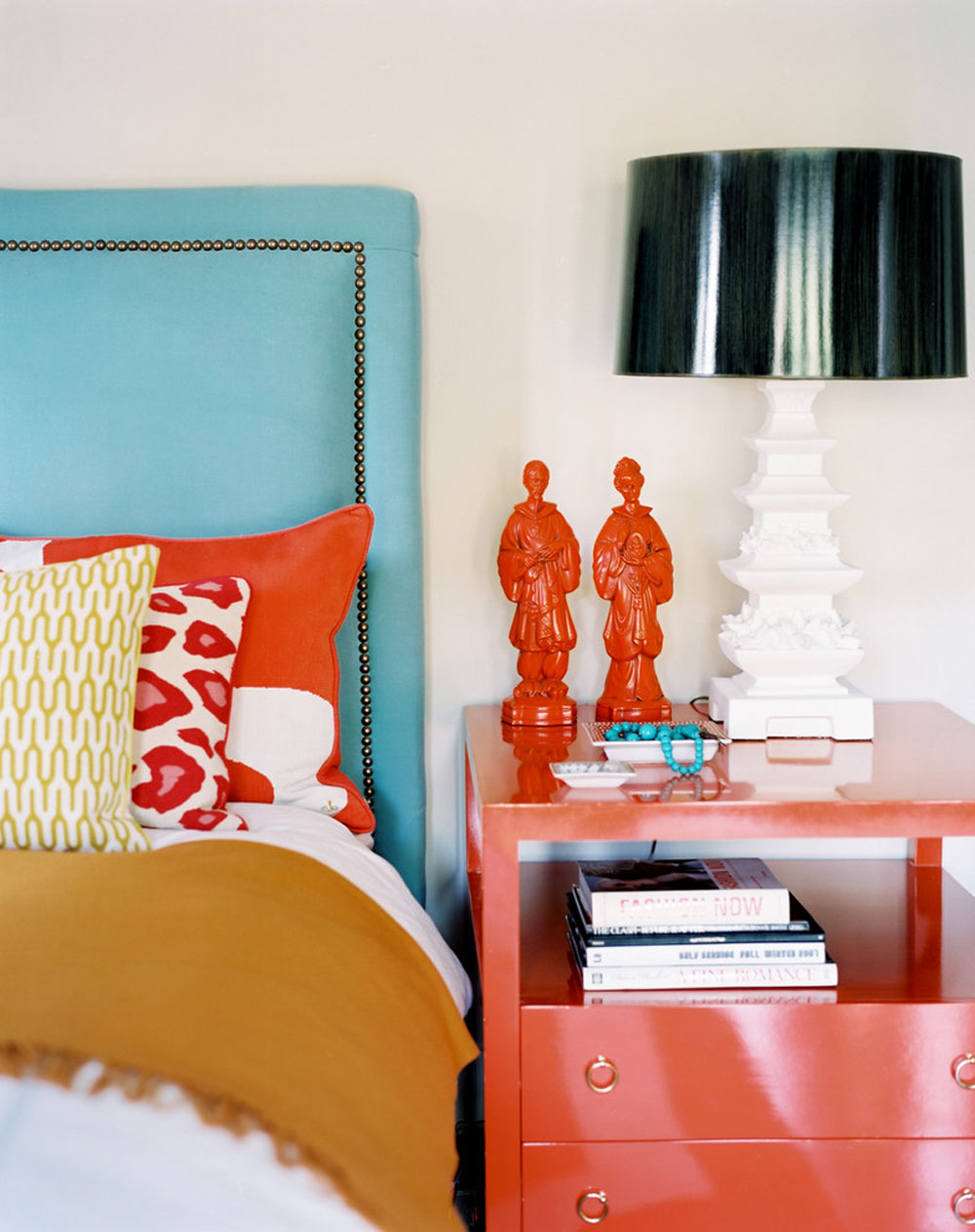 Betsy-Burnham-by-Burnham-Design Korallfärgen: Hur man använder den för att dekorera vackra interiörer