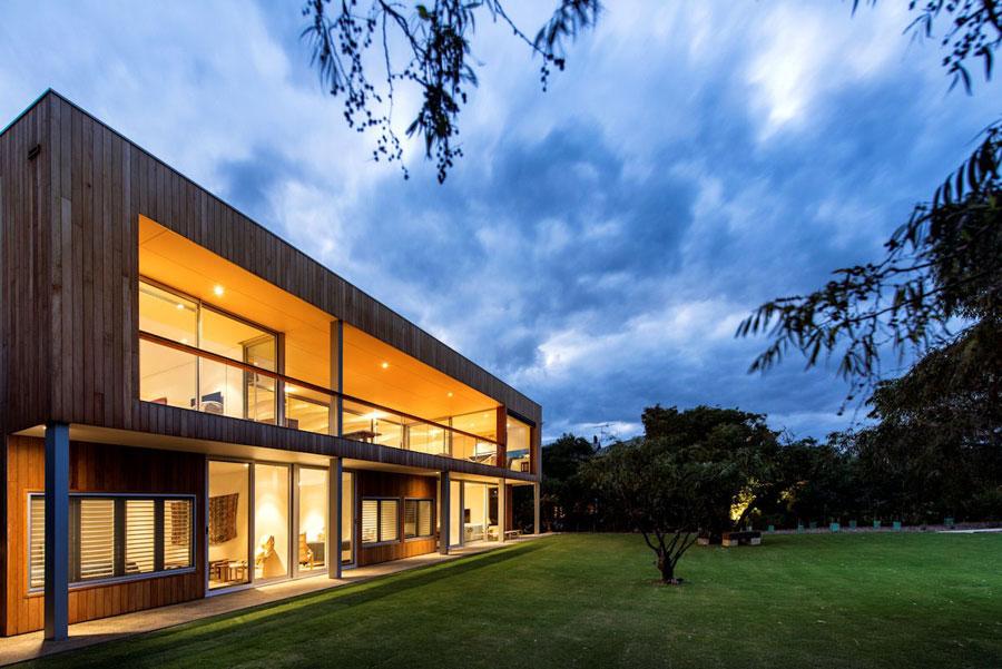 6 samtida mästerverk Eagle Bay Residence designat av Paul Jones