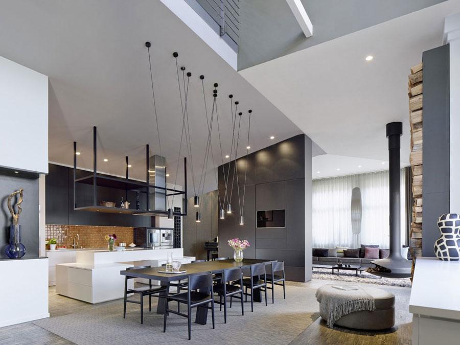 8 Modern och futuristisk inredning för loft