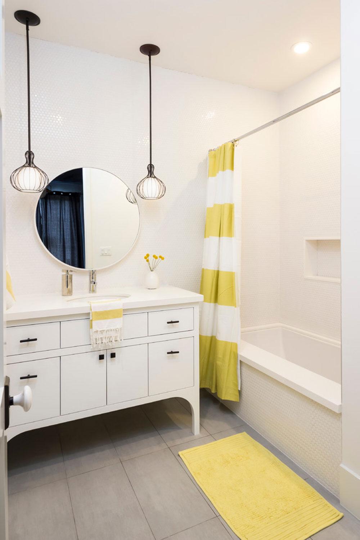 Förbättra ditt badrums utseende med trendiga duschdraperier 9 trendiga duschdraperier för ditt badrum