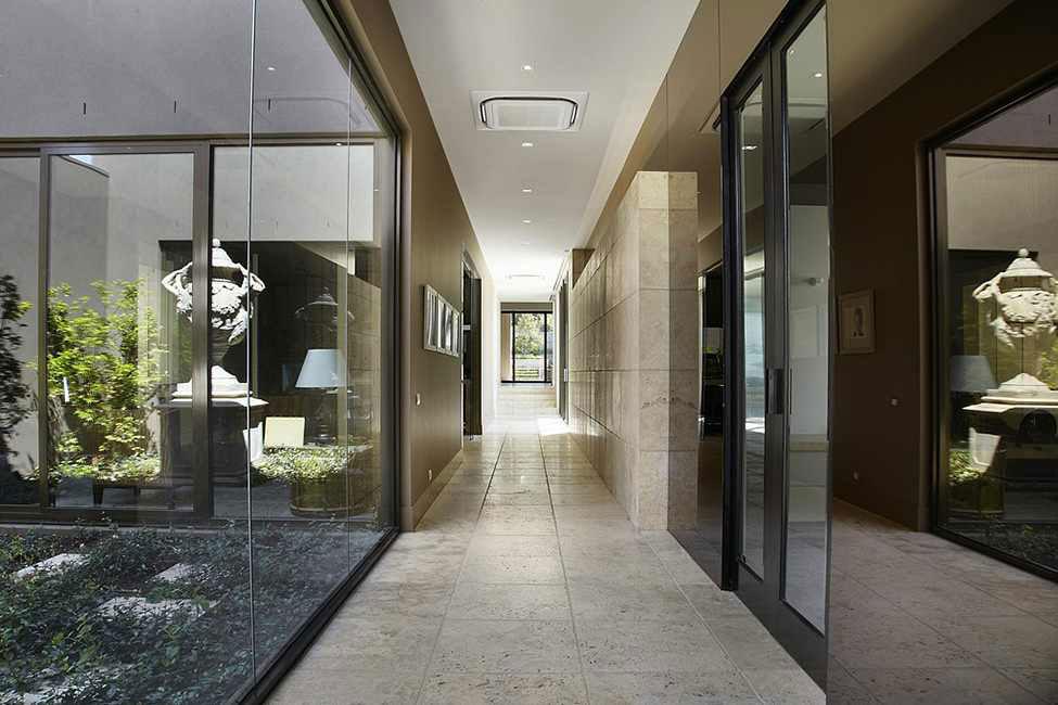 Glänsande och vackert lyxresidens 8 Glänsande och vackert lyxresidens designat av Bagnato Architects
