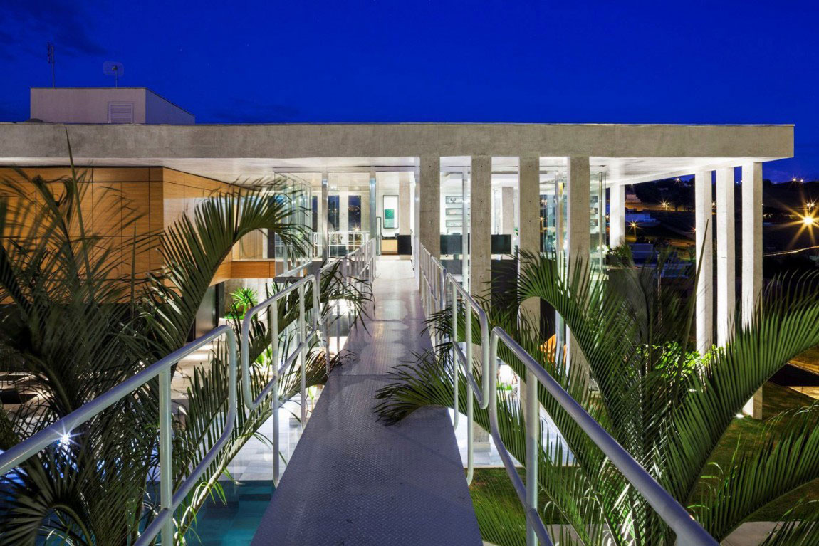 Botucatu House står som ett arkitektoniskt mästerverk 12 Botucatu House står som ett arkitektoniskt mästerverk