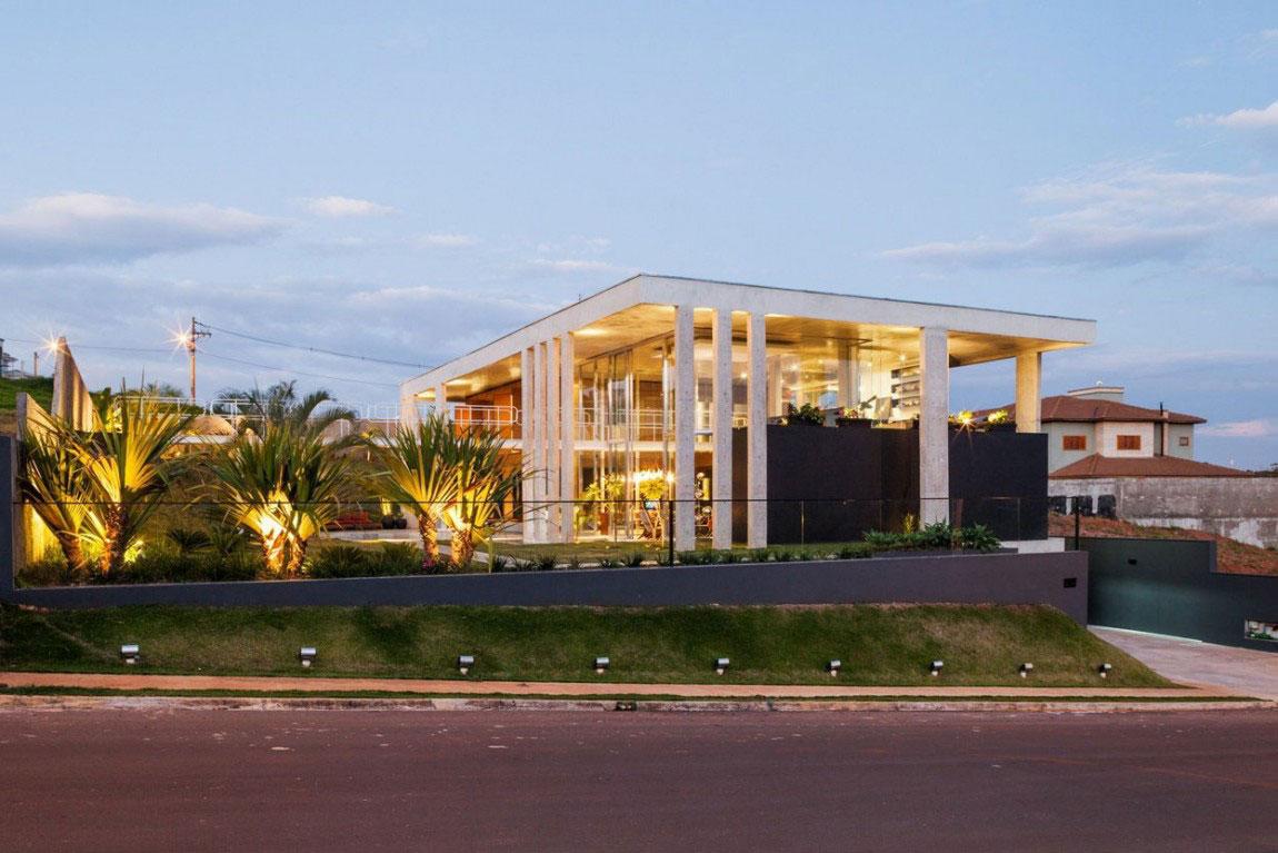 Botucatu House står som ett arkitektoniskt mästerverk 18 Botucatu House står som ett arkitektoniskt mästerverk