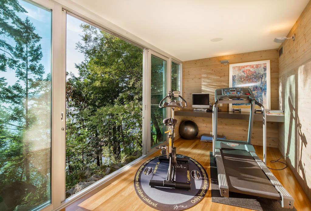 Vackert-kanadensiskt-hus-med-trä-interiör-9 Vackert-kanadensiskt-hus med trä-interiör