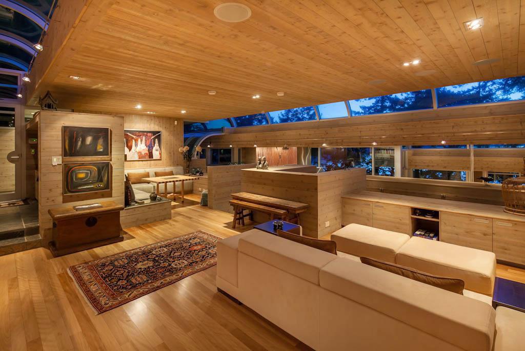 Vackert-kanadensiskt-hus-med-trä-interiör-18 Vackert-kanadensiskt-hus med trä-interiör