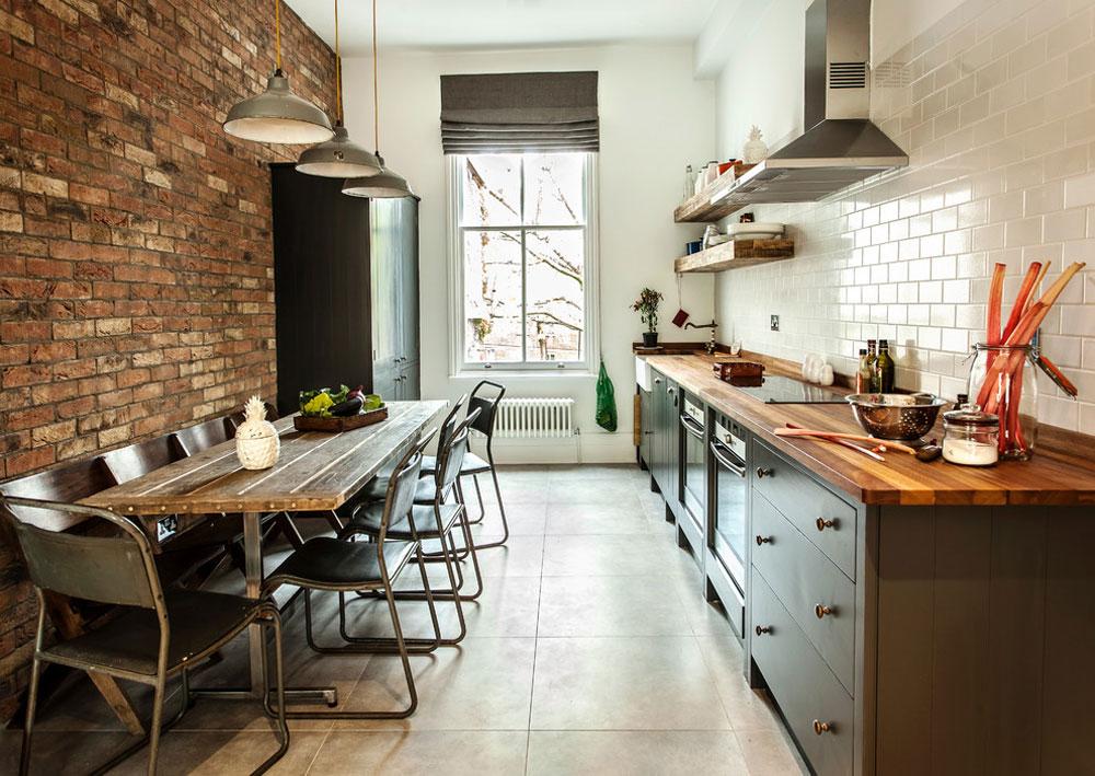 Loft-lägenhet-Notting-Hill-by-Compass-and-Rose Idéer för industrikök: skåp, hyllor, stolar och belysning