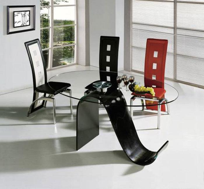 67958823798 Matbord i glas för att ge din interiör en modern touch