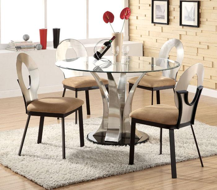 67958470763 Matbord i glas för att ge din interiör en modern touch