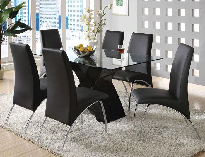 67958550844 Matbord i glas för att ge din interiör en modern touch