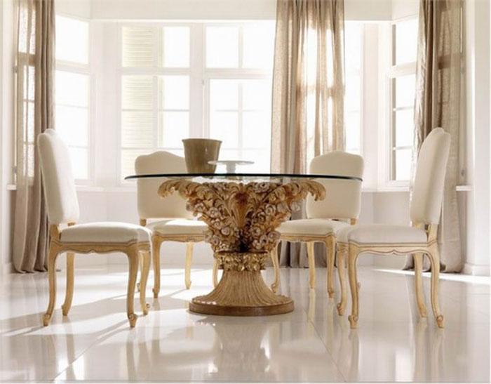 67958764156 Matbord gjorda av glas för att ge din interiör en modern touch