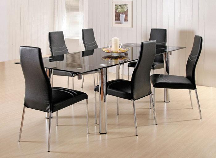 67958722388 Matbord i glas för att ge din interiör en modern touch