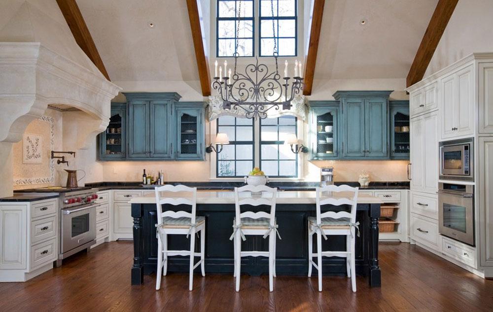 Kök för en drottning av Bartolomei Company Interior Design Blå köksidéer: skåp, väggar och diskar