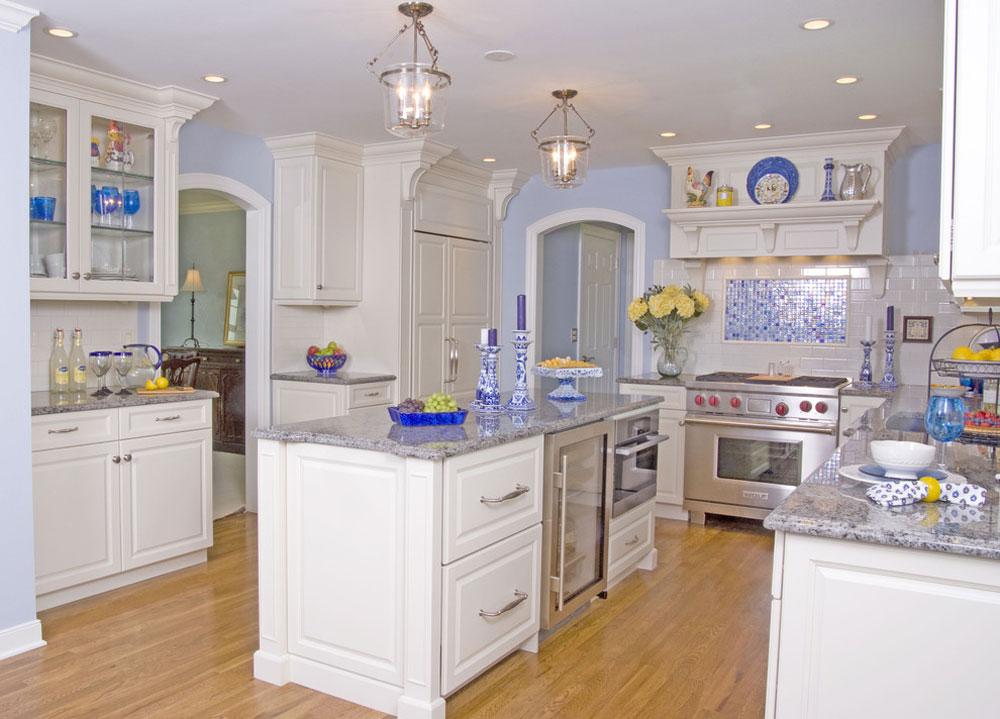 White-Modern-Classic-Kitchen-by-Angie-Keyes-CKD Blue köksidéer: skåp, väggar och diskar
