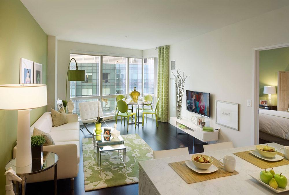City-Living-on-the-Hudson-by-Gacek-Design-Group-Inc Gröna vardagsrumsidéer: väggar, stolar, färg